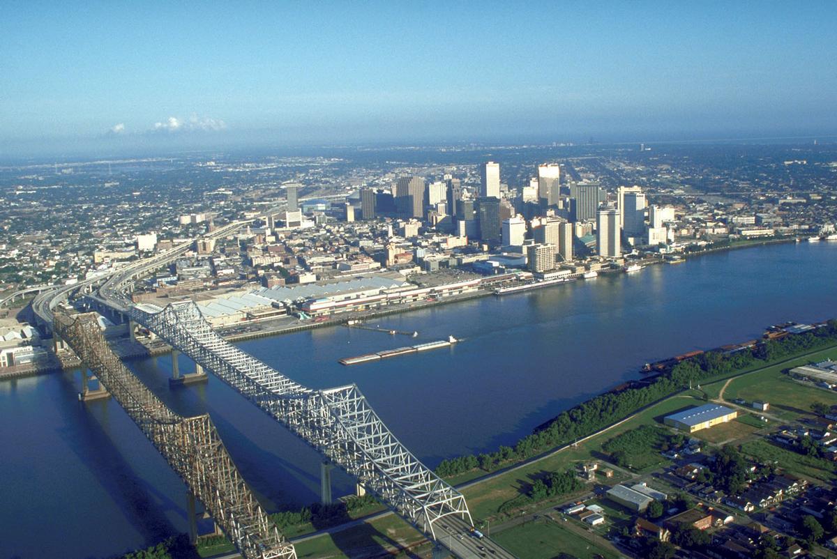 USACE_New_Orleans_skyline.jpg.63244bc7c79f52e94838c305242ce3a9.jpg